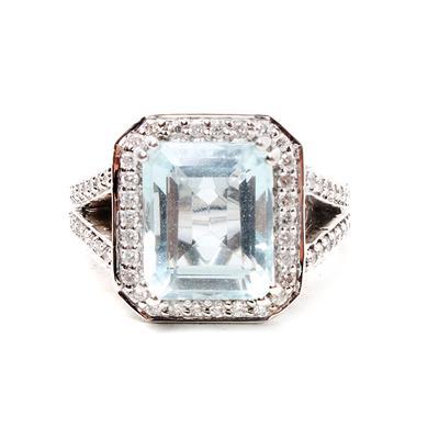 GJ 14K White Gold Aqua Diamond Size 7 Halo Ring