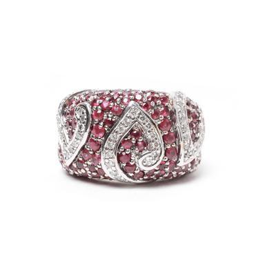 Sonia B. Size 7 18k White Gold Ruby & Diamond Dome Ring