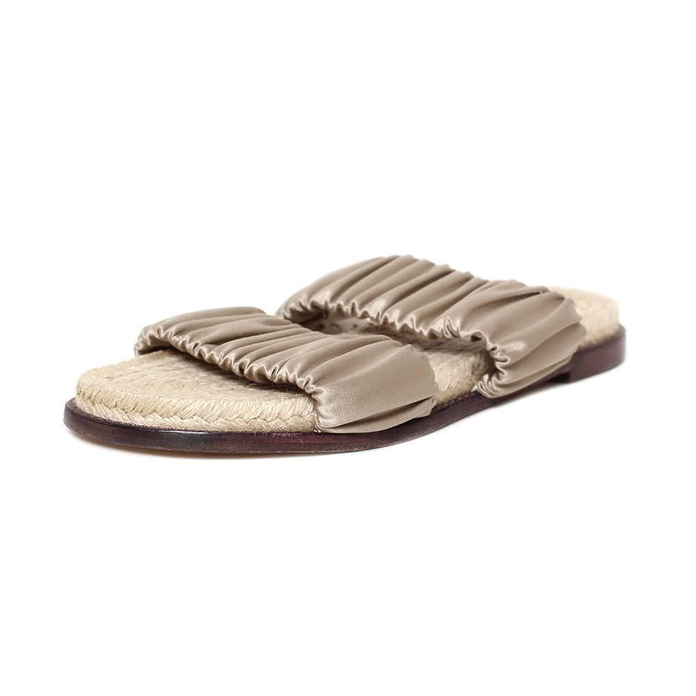 Merceded Castillo Size 8 Satin Sandals