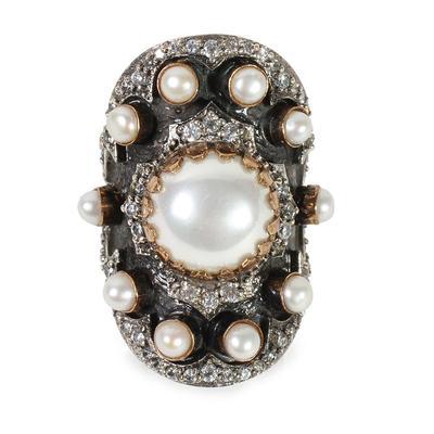 Bora Pearl Ring