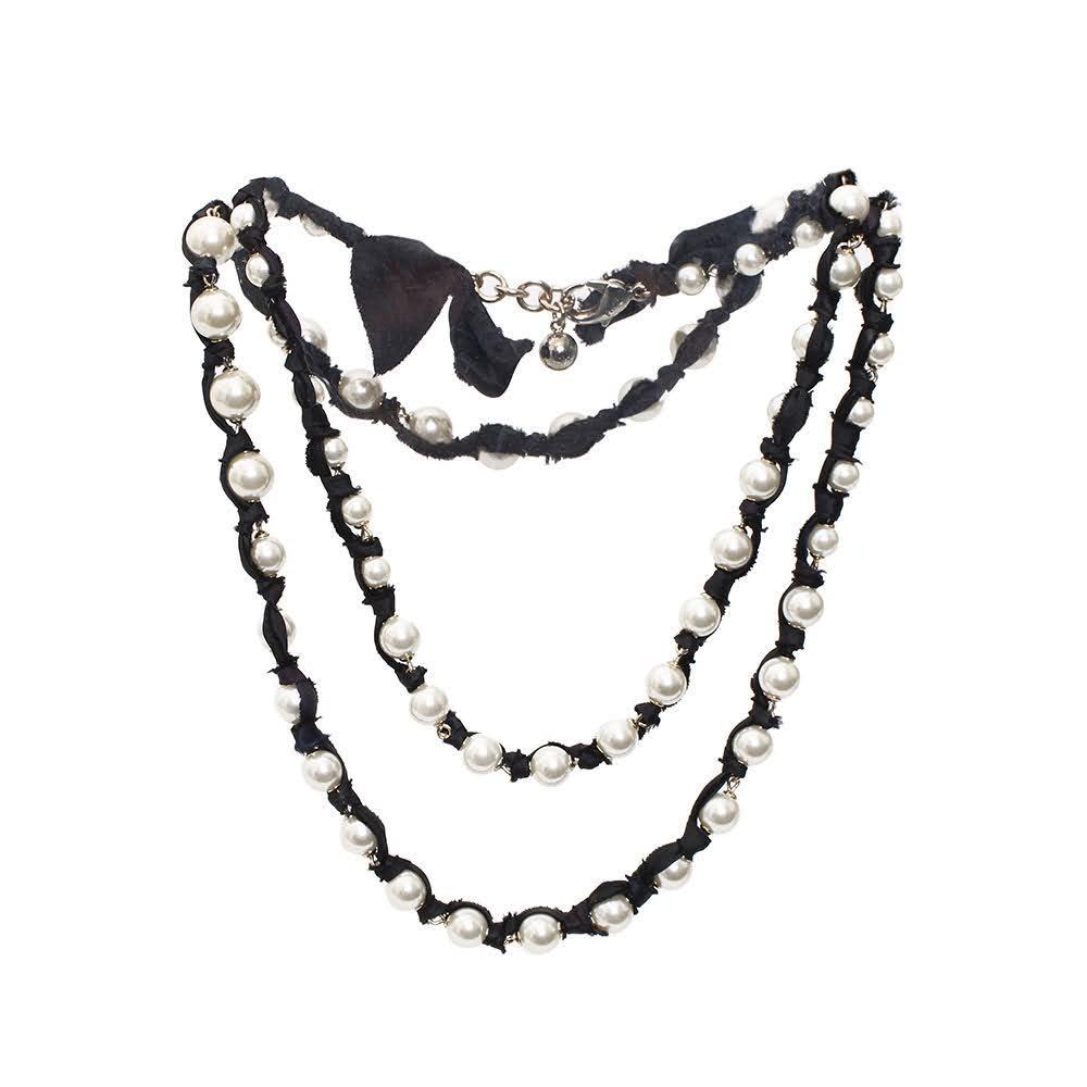 Lulu Frost Pearl Necklace