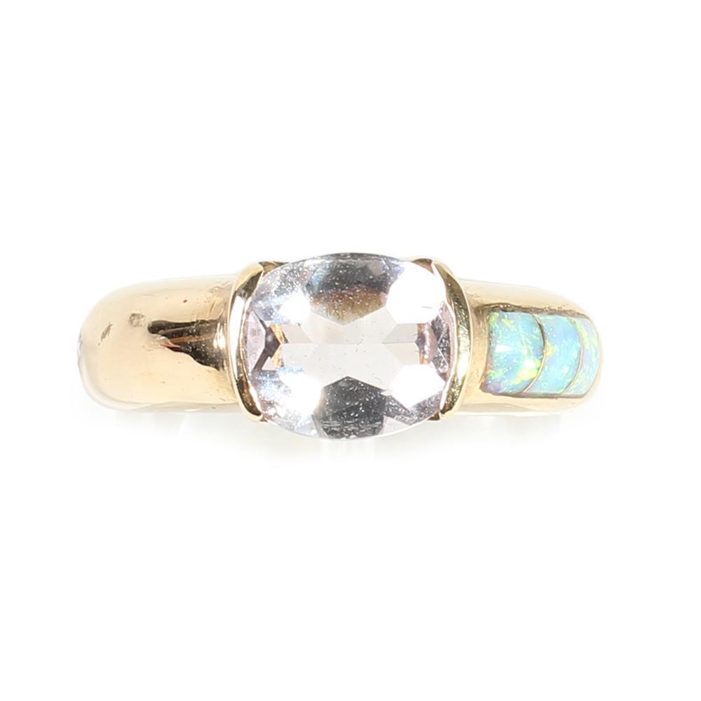14k Yellow Gold Quartz Ring Size 6