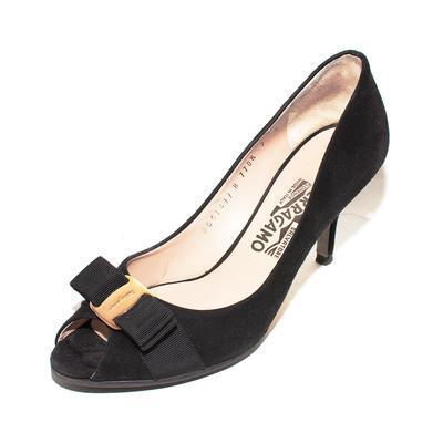 Salvatore Ferragamo Size 7 Black Suede Heels