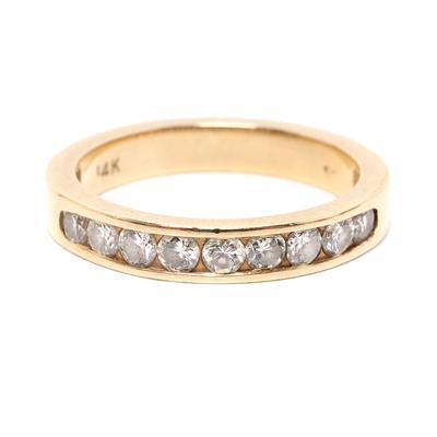 SK Size 6 14 Karat Yellow Gold & Round Diamond Ring