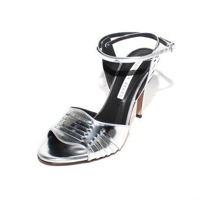 Veronica Beard Size 40 Metallic Ankle Strap High Heel