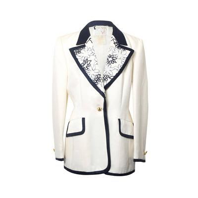 Escada Couture Size 40 Off White Blazer