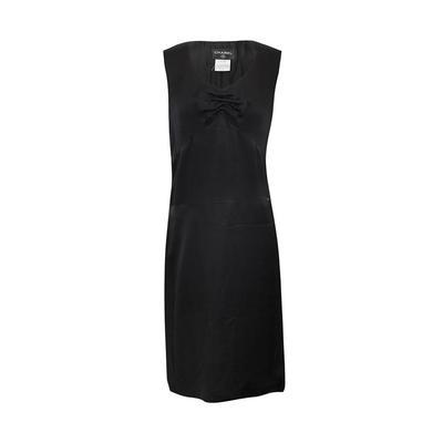 Chanel Size 40 Silk Black Dress