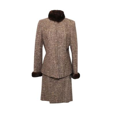 Dana Buchman Size 10 Fur Trim Suit