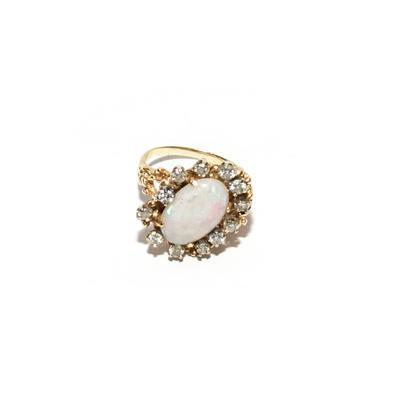 14K Yellow Gold Size 6.75 Opal Diamond Ring