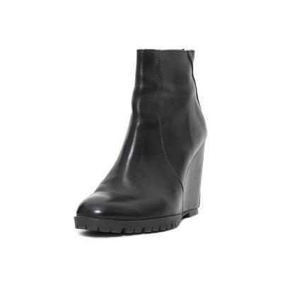 Mini Market Size 38 Black Leather Booties