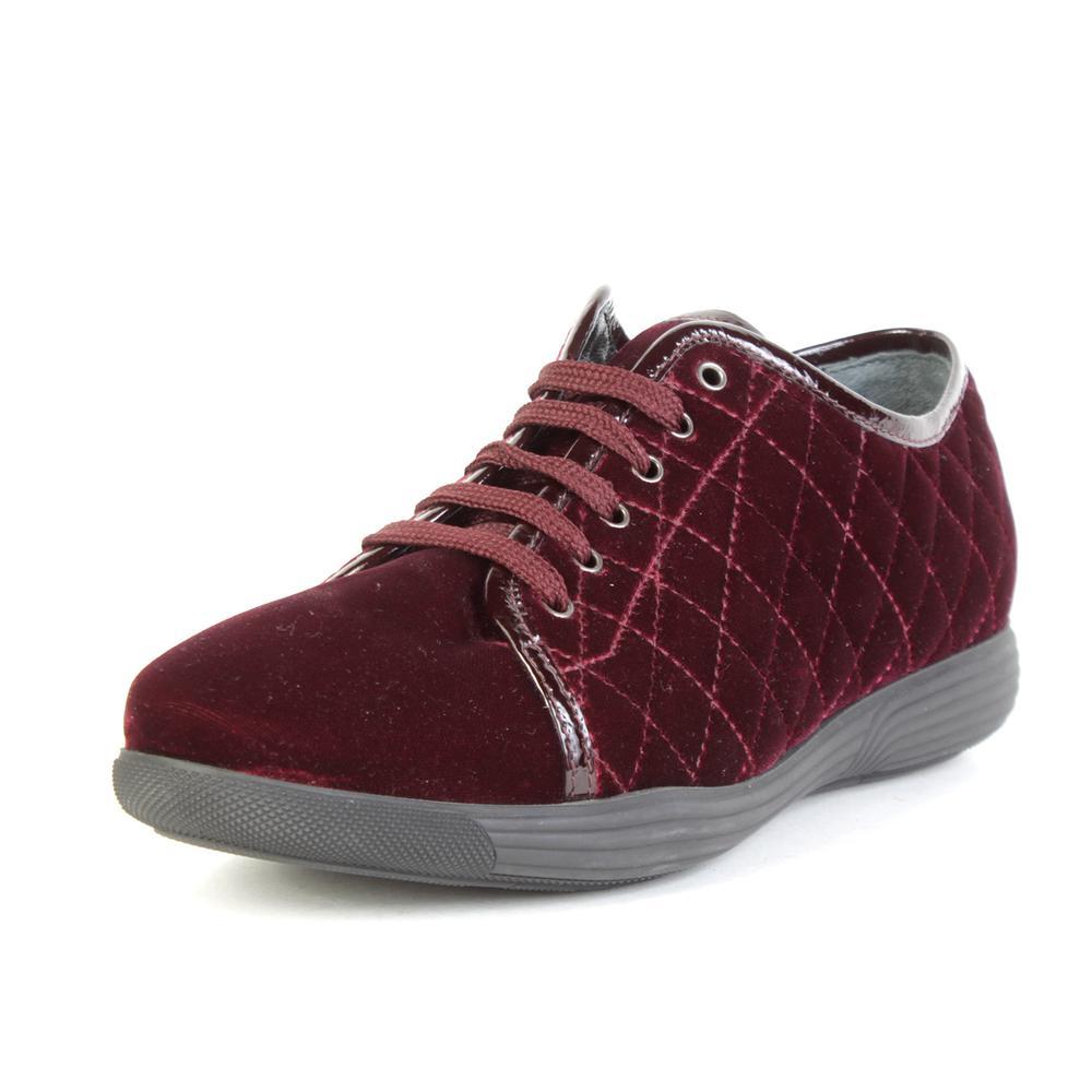 Aquatalia Size 8 Burgundy Velvet Shoes