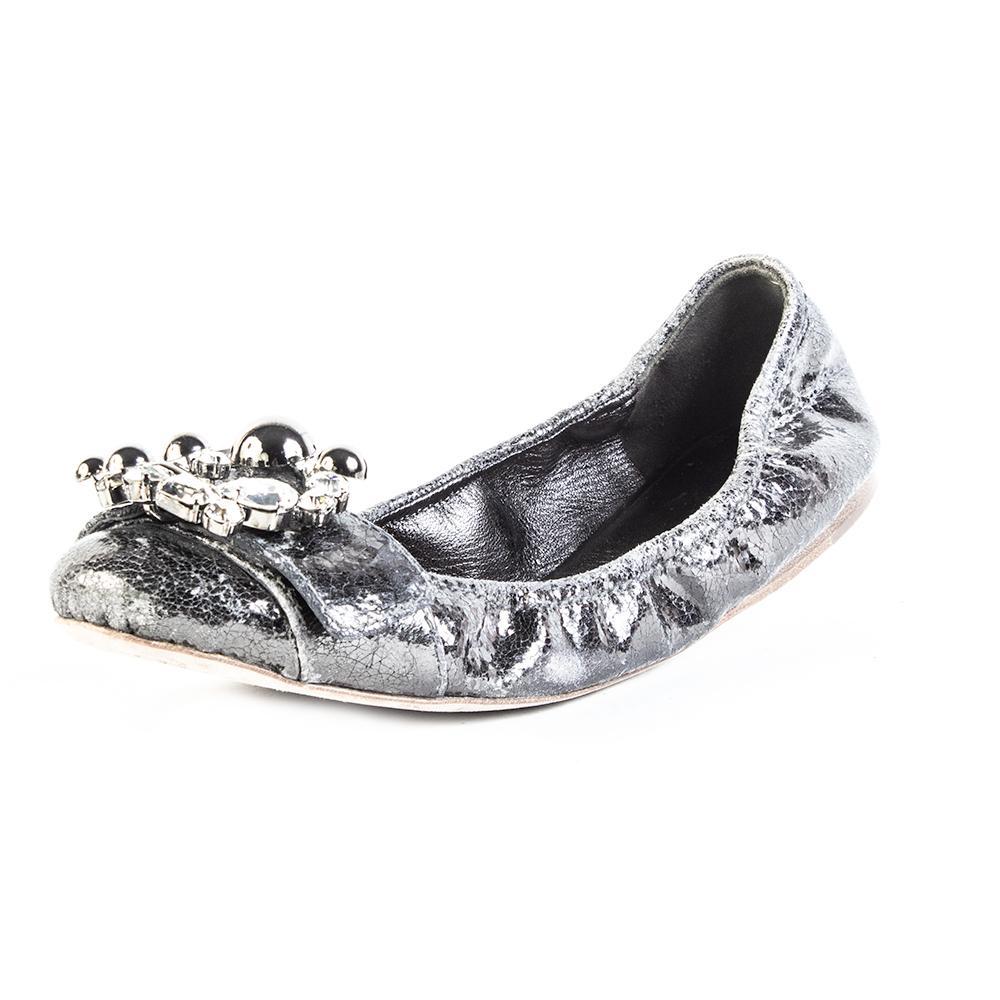 Miu Miu Size 39 Silver Buckled Shoe