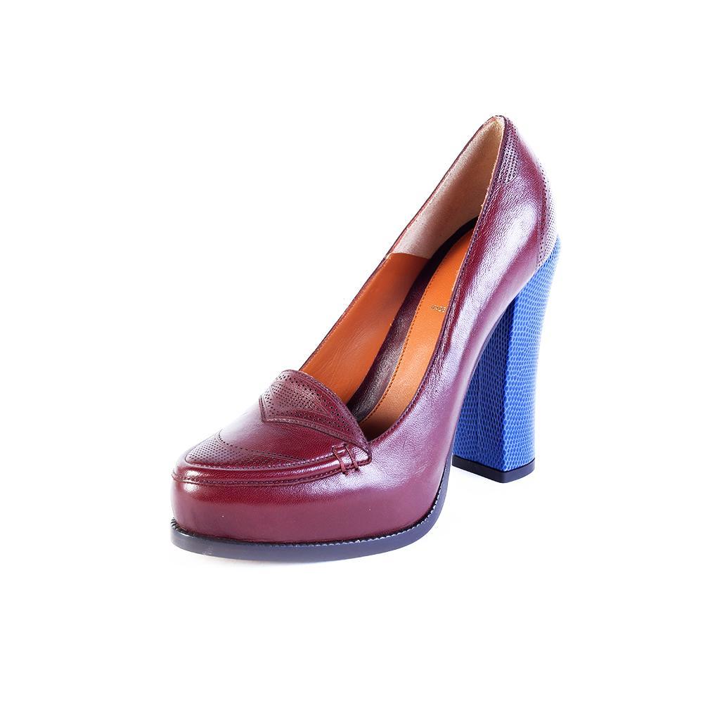 Fendi Size 37 Burgundy Heel