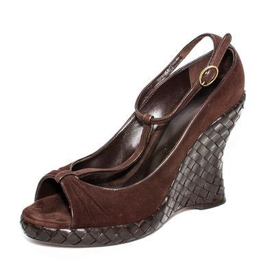 Bottega Veneta Size 38.5 Brown Intrecciato T Strap Wedges