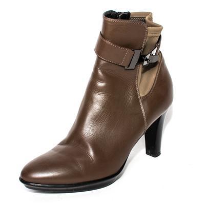Aquatalia Size 8 Brown Leather Boots