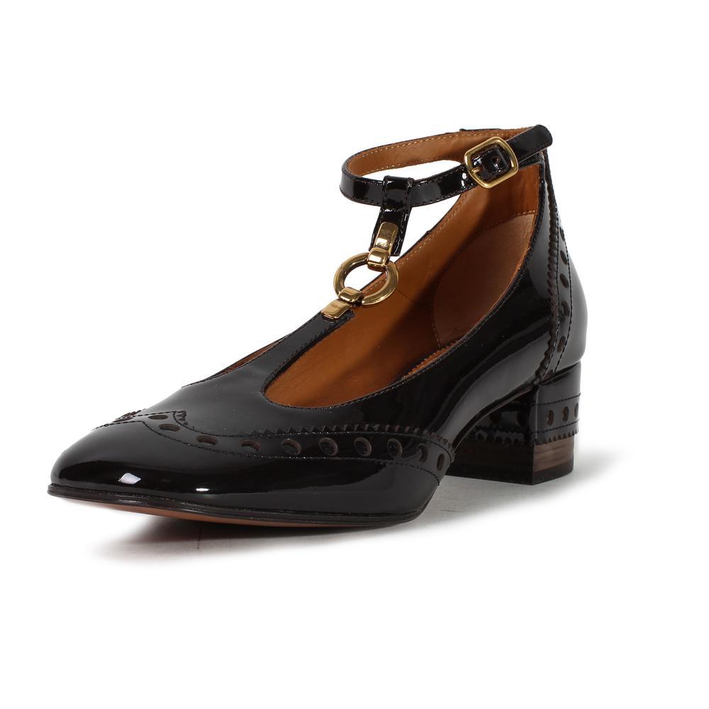 Chloe Size 37.5 Patent Leather Vernice T Strap Heels