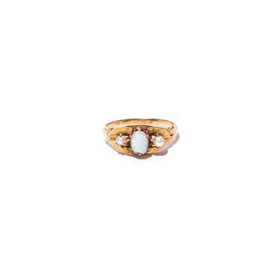 Vintage Size 7.5 14K Opal & Pearl Ring