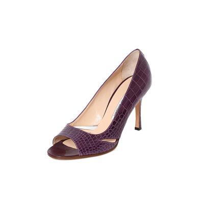 Manolo Blahnik Size 8 Purple Heels