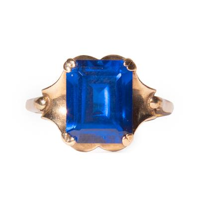 10K Size 6.5 Blue Topaz Ring
