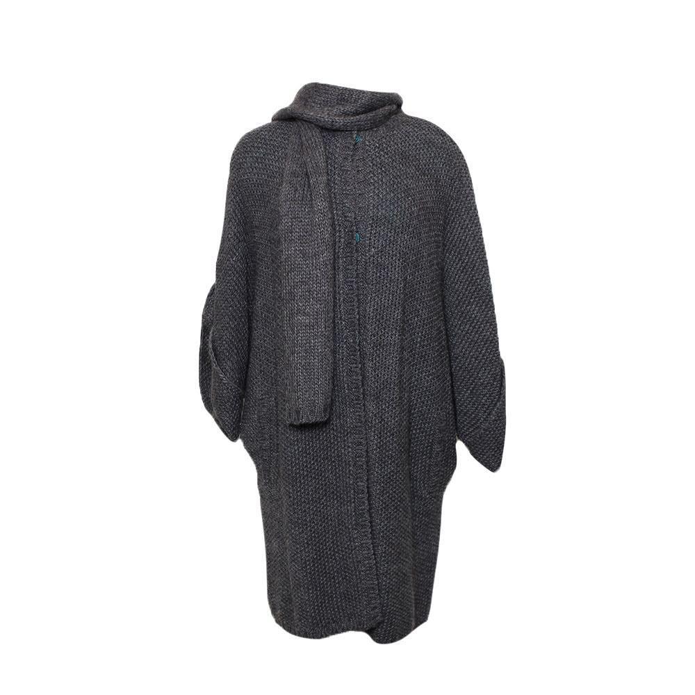 Carolina Herrera Size Small Grey Sweater