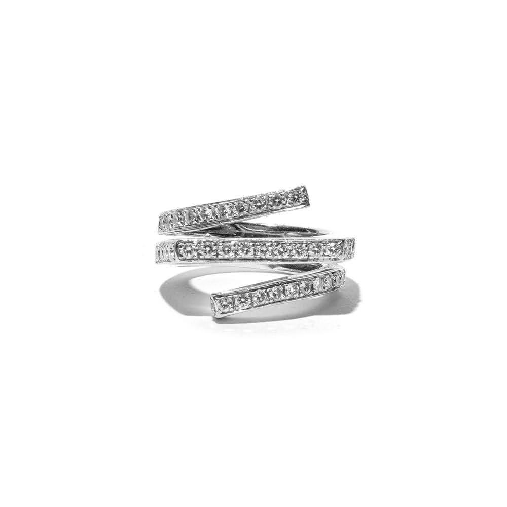 Size 5 18k Bypass Diamond Ring