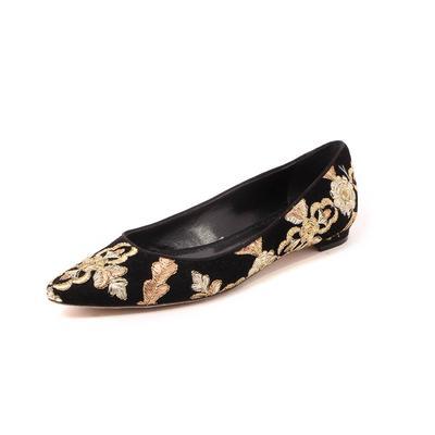 Manolo Blahnik Size 7 Velvet Flats