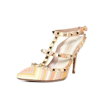 Valentino Size 5.5 Rockstud Garvani Heels